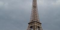 plavba lodí po Seině-Eiffelovova věži.JPG