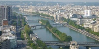 Pohled z Eiffelovy věže na sochu Svobody.JPG