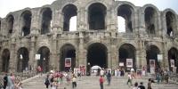 Arles - římský amfiteátr.JPG